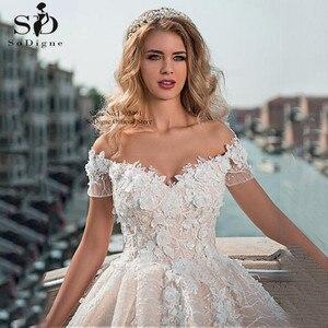 Image 2 - Vintage top cüppe şeklinde gelinlik 2020 kapalı omuz dantel boncuk gelin elbise 3D çiçekler aplikler prenses gelinlikler