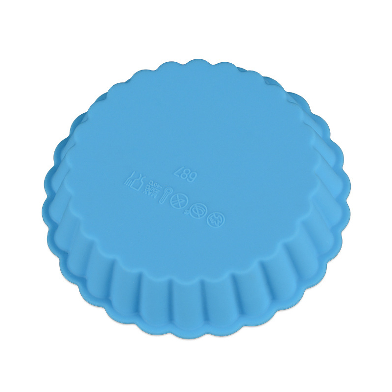 1PC Eco-friendly Silicone Bakeware in Round Shape Available in Random Colors for Baking Cup Cakes in Microwave Oven 3