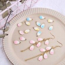 10 шт./партия капель из сплава, капли с лепестками цветущей вишни, используются для изготовления аксессуаров для самостоятельного изготовле...