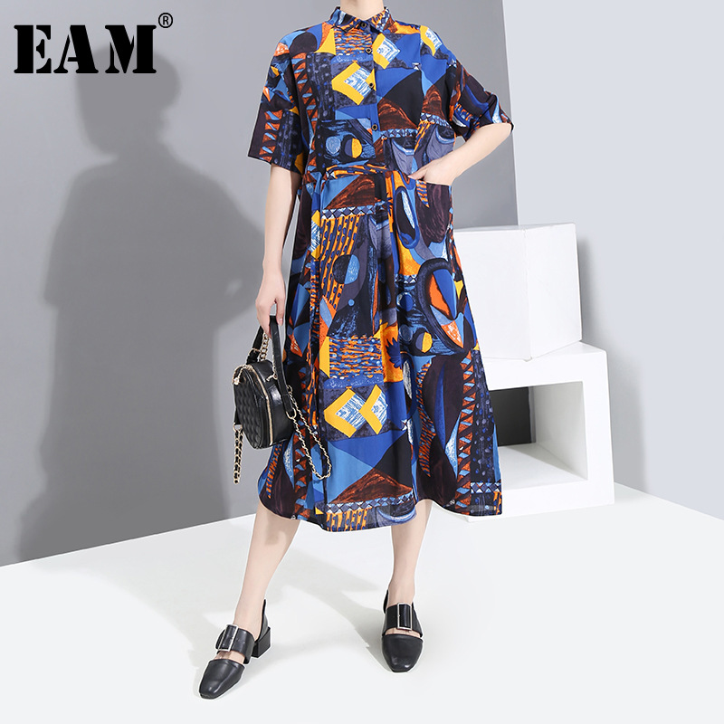 [EAM] Women Blue Pattern Printed Big Size Shirt Dress New Round Neck Half Sleeve Loose Fit Fashion Tide Spring Summer 2020 1S765