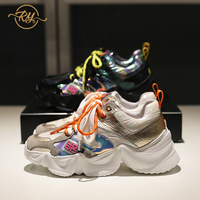 Comprar https://ae01.alicdn.com/kf/Hf3d90f91a37b457eaaefd2fb1435862eN/RY RELAA zapatillas de deporte 2018 de lujo de marca de cuero genuino para mujer zapatos.jpg