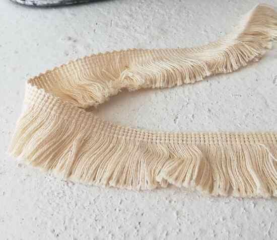 3 CENTIMETRI di Larghezza di Modo beige fiore Del Ricamo tessuto di pizzo nastro trim FAI DA TE cucito applique collare della frangia della nappa guipure dress decor