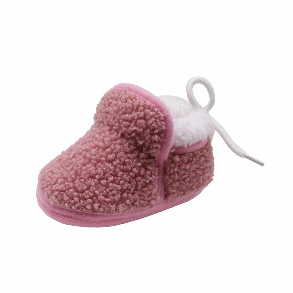 Botas de invierno de felpa de cachemir para bebés recién nacidos y recién nacidos, zapatos calientes de vendaje, zapatos de cuero de gamuza de 2019 Pu, zapatos de mocasines para bebés recién nacidos
