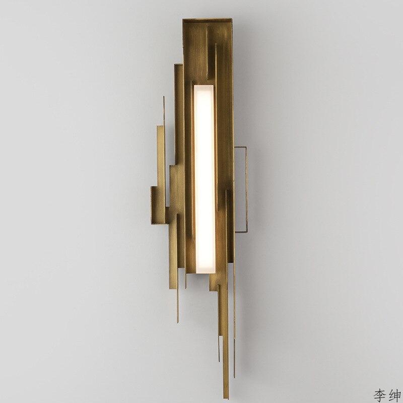 Işıklar ve Aydınlatma'ten LED İç Mekan Duvar Lambaları'de Modern geometri demir led duvar ışıkları lüks oturma odası yatak odası duvar işık Villa otel tasarımcısı Model endüstriyel dekor duvar lambası title=
