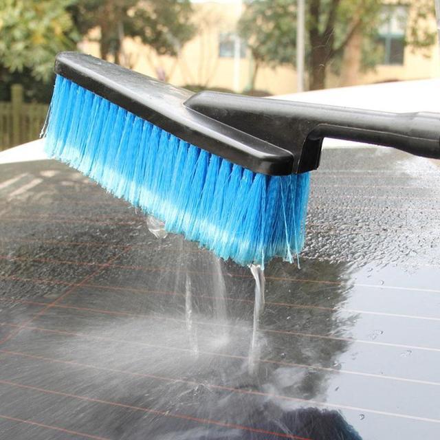 فرشاة تنظيف السيارات ، بخاخ المياه لمحور إطارات السيارات ، بشعر ناعم ومقبض طويل ، ملحقات العناية بغسيل السيارات