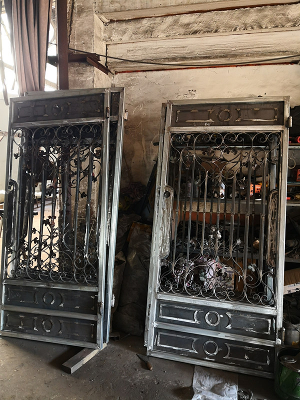 Shanghai Hench Brand China Factory 100% Custom Made Sale Australia Steel Gate Door