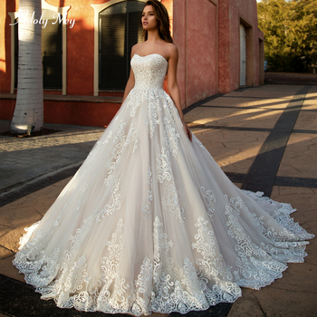 Adoly Mey New Arrival Sexy Strapless Lace Up A-Line Wedding Dress 2020 Luxury Appliques Court Train Vintage Bride Gown Plus Size