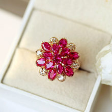 Charm Female Big Red Flower Snowflake Ring Vintage Wedding Band Rings For Women Crystal Rose Gold Engagement Ring(China)