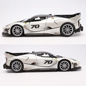 Image 3 - 1:18 Schaal Top Versie Voor Ferraried Fxxk Sport Auto Model Diecast Legering Auto Speelgoed Model Met Stuurbediening Met doos