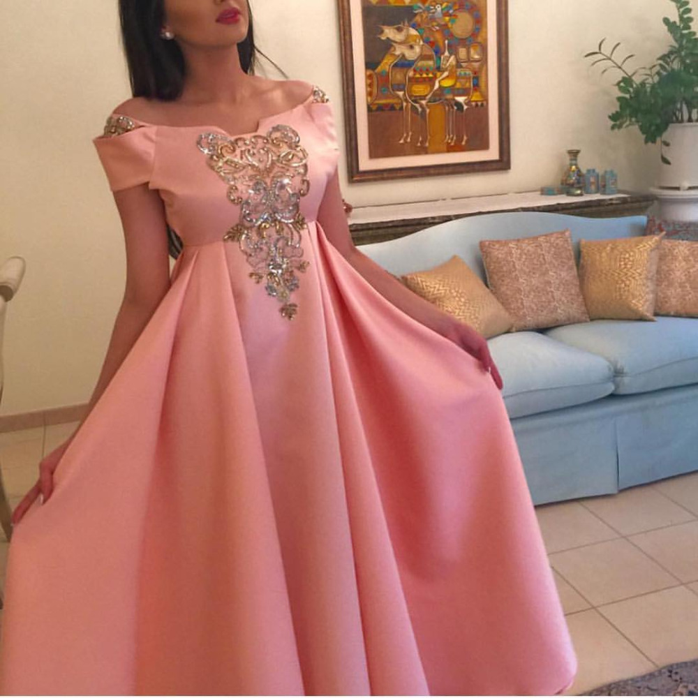 Pink Prom 2018 Off Shoulder Crystal Sequins Appliqued Empire Waist Pleat Elegant Evening Gown Robe Mother Of The Bride Dresses