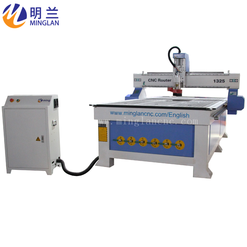 1300*2500 Cutting Mini Letter CNC Router With Pressing Roller
