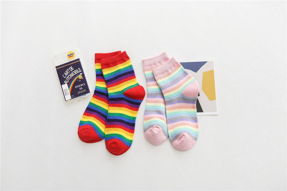 Spring And Summer 2020 New Fasahion Women's Socks Harajuku Style Mid Tube Socks Rainbow Stripes Socks Colleage Style Socks