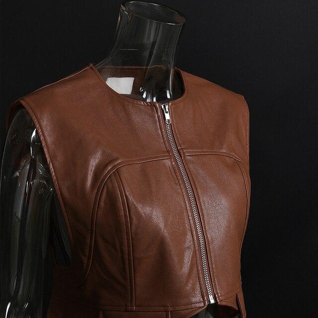 [EAM] Women Loose Fit Irregular Pu Leather  Zipper Vest New Round Neck Sleeveless Fashion Tide Spring Autumn 2021 1DD0726 6