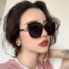 Mode yeux De chat lunettes De soleil femmes rétro marque lunettes De soleil design femme grand cadre Vintage noir miroir Oculos De Sol Feminino