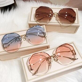 Tea Gradient Sunglasses Women Ocean Water Cut Trimmed Lens Metal