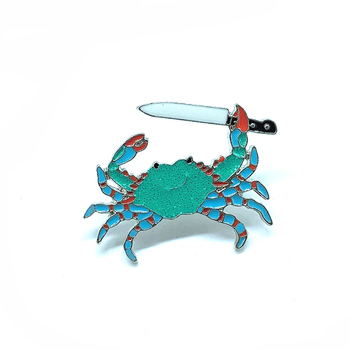 New green crab with fruit knife brooch fashion personality crab refused to be eaten with knife against badge jewelry denim cloth image