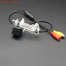 BigBigRoad Vehicle Wireless Car Rear View Backup Parking Camera HD Color Image For Mercedes Benz Smart Fortwo 2007-2012 2014 цена 2017