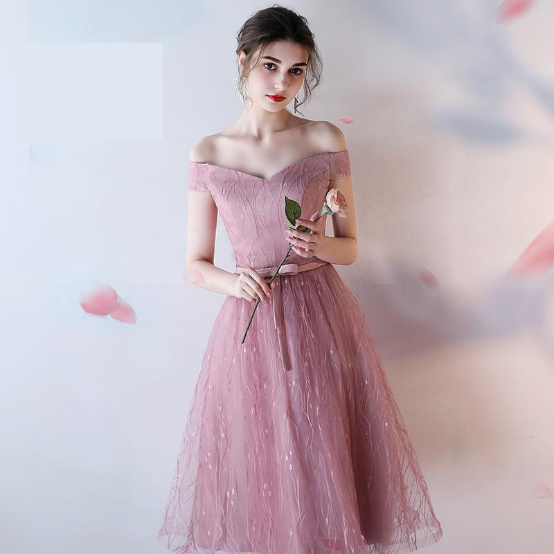 2019 New Sexy Boat Neck Tulle Medium And Long Bridesmaid Dress Elegant Off The Shoulder Short Sleeve Custom Made Party Gown