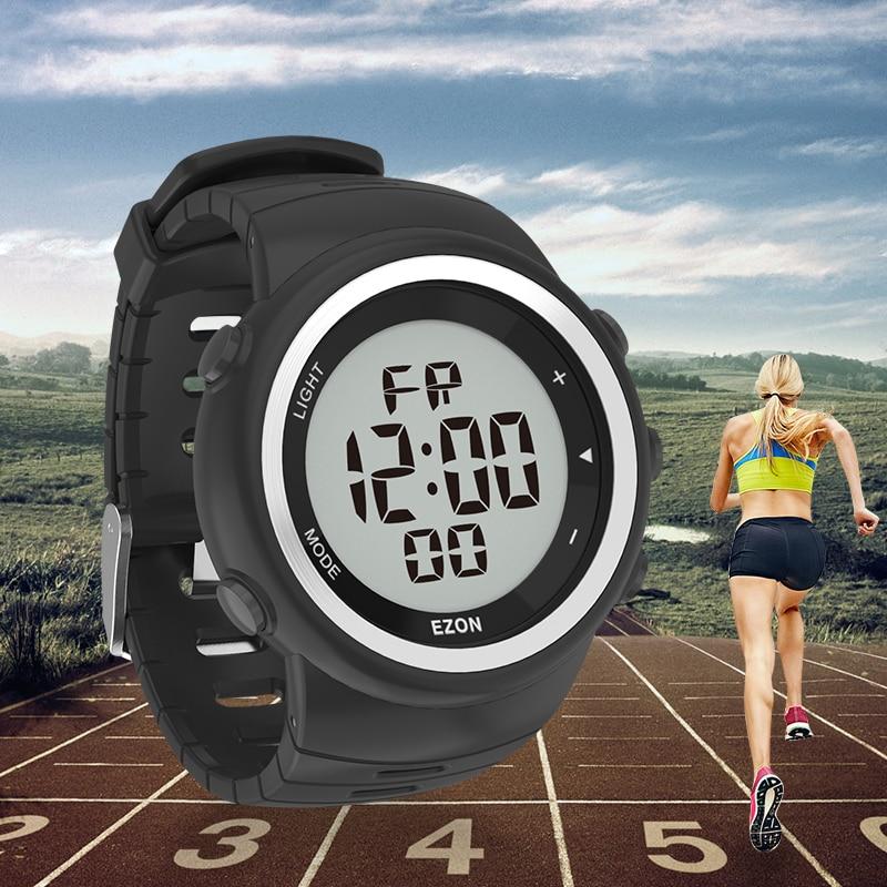 Reloj deportivo Digital para hombre para correr al aire libre con podómetro y alarma multifunción cronómetro impermeable 50M EZON T023C11-in Relojes deportivos from Relojes de pulsera    1