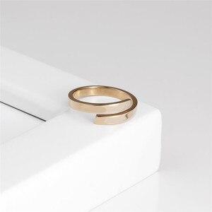 Image 3 - Cc ステンレス鋼シンプルな珍味指輪女性のための薄型アジャスタブル恋人リングナックルリング装身具卸売罰金 YJ14992