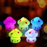 Luces de fiesta LED con forma de seta para bebés y niños, Mini luz nocturna suave para dormir, juguete para regalo luminoso, novedad