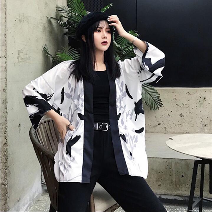 Spring Autumn Kimono Cloak Three Quarter Sleeve Cardigan Kimono Yukata Woman Man Loose Thin Student Outer Garment
