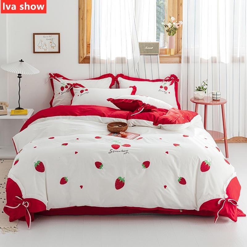 Ensembles de literie fraise/radis dessin animé rouge parure de lit coton broderie literie reine/King Size lit quatre pièces