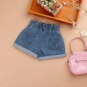 Image 2 - Kız yaz şort 2020 çocuk elastik bel kot pantolon bebek kız genç pamuk gevşek mavi kot şort kız giyim