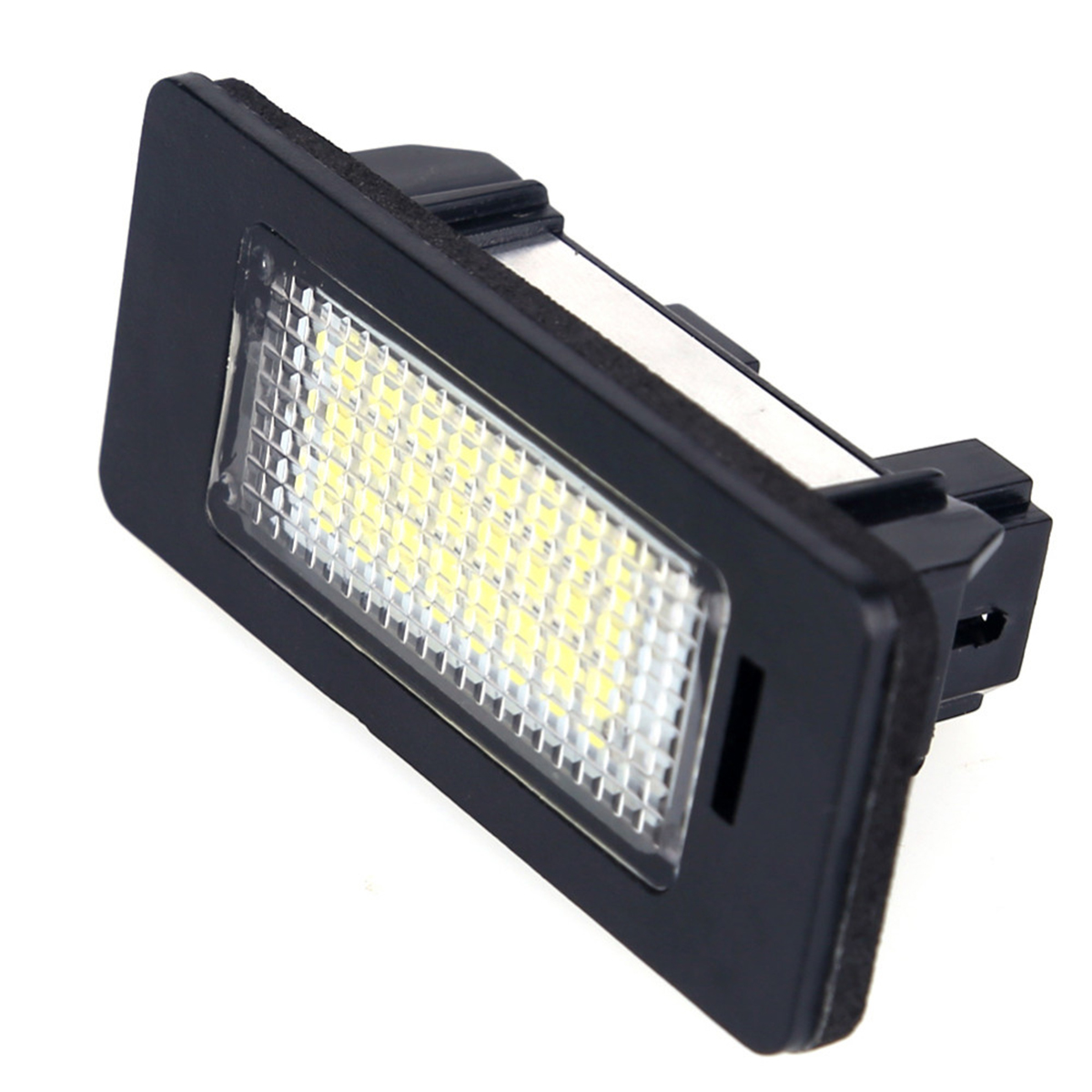 2Pcs 6000K Bright Xenon White Number License Plate Light SMD LED Lamps For BMW E39 E70 E71 X5 X6 E60 M5 E90 E92 E93 M3 image