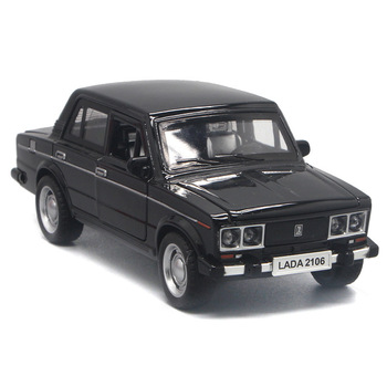 2020 1/32 LADA Alloy Classic Model Cars Toy Diecasts Metal Casting Pull Back Music Light Car Toys For Children Vehicle Russian image