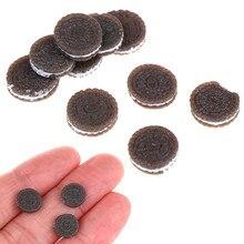 10 pz/lotto 1:12 Kawaii Biscotti Al Cioccolato In Miniatura Casa Delle Bambole Decorazione Della Cucina Da Forno Mini Cibo Giochi Di Imitazione Giocattoli