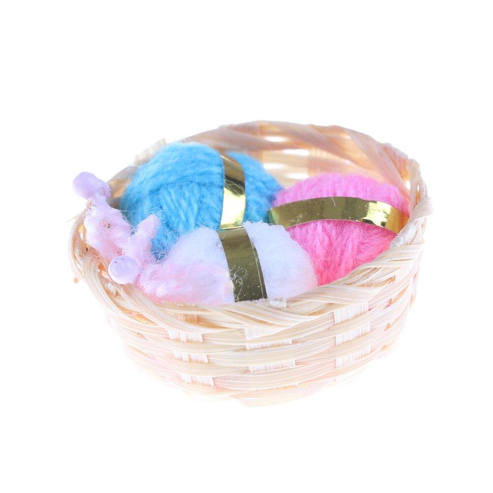 Dollhouse Miniature Woolen Knitting Home Work Bamboo Basket Needle Balls Of Yarn 1/12 Scale