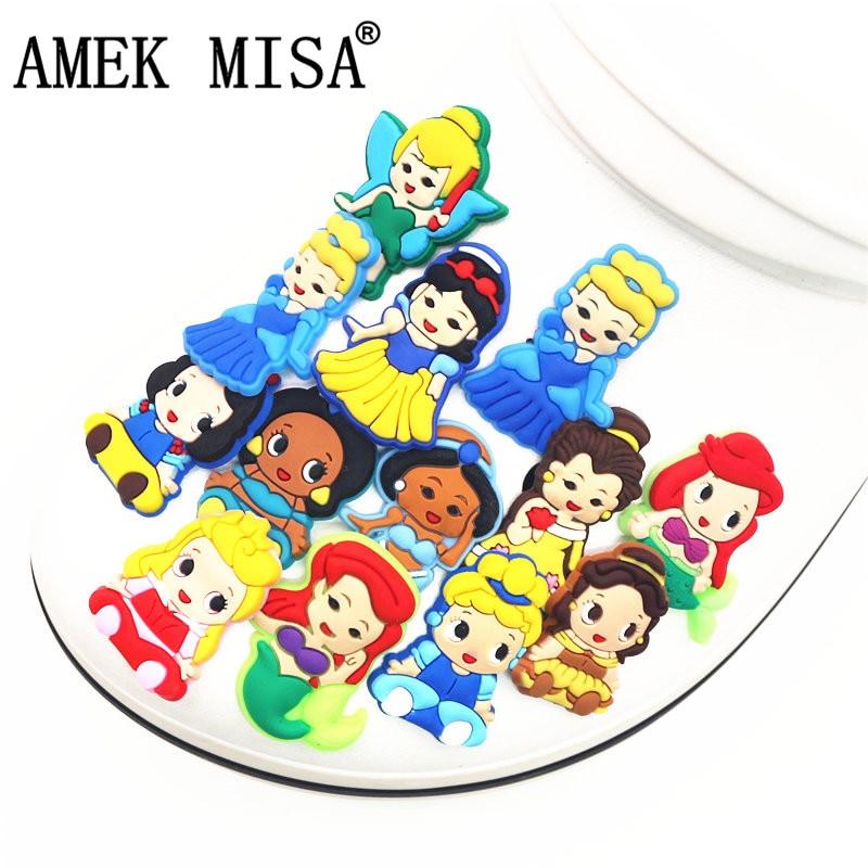 Single Sale 1pcs PVC Shoe Charms Cartoon Princess Series Garden Shoe Buckle Decoration For Croc Wristband Jibz Kids Party X-mas