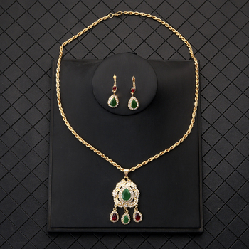 High Quality Arab Moroccan Style Chain Necklace Luxury Shiny Red Green Crystal Waterdrop Pendant Necklace Statement Jewelry 2