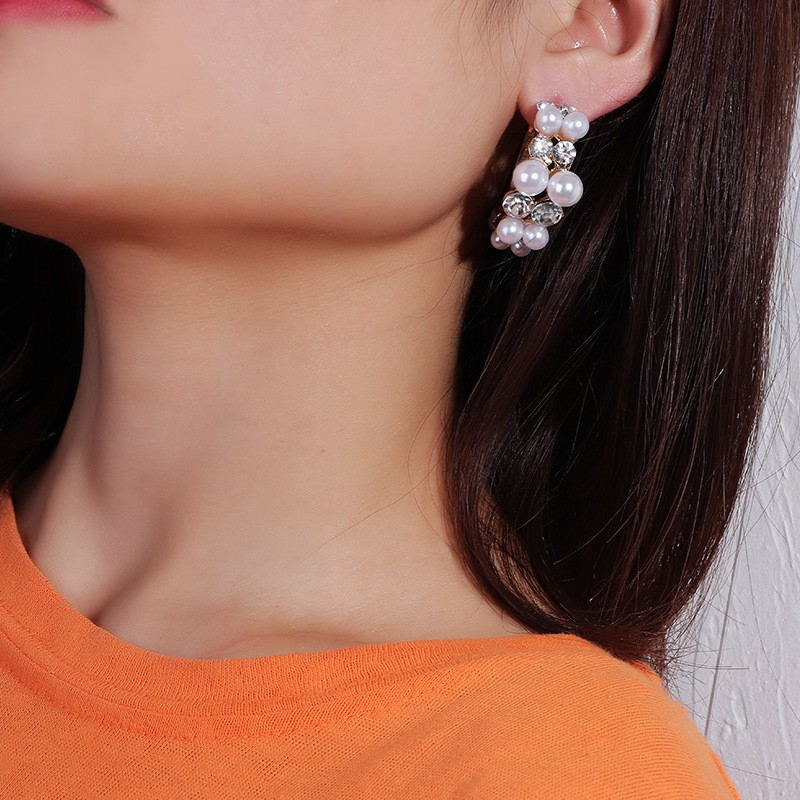 2019 New Fashion Womens Diamond Studded Pearl Hoop Stud Earrings Jewelry Dainty Design Earing Girls