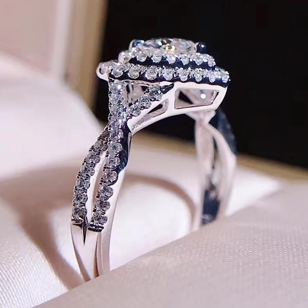 Klassische Ring mit Herz Form 2021 neue Frauen Herz Geformt Strass Ring Mode Legierung Reif Shiny Schmuck Geschenk dropshipping