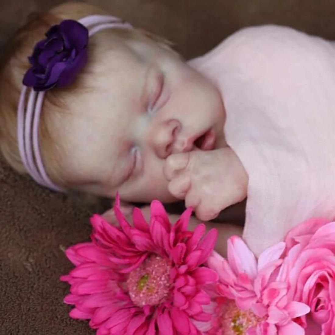 17 Inches Twin A Lifelike Cute Emmalyn Reborn Baby Doll Girl Costume Set Kids Gift- Silicone Vinyl Body (Cloth Is Random)