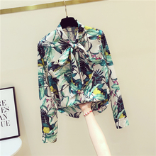 Spring Summer Women's Chiffon Shirt New Floral Retro Long-sleeved Shirt Bow Tie Bottoming Shirt Women's Tops and Blouses GD451