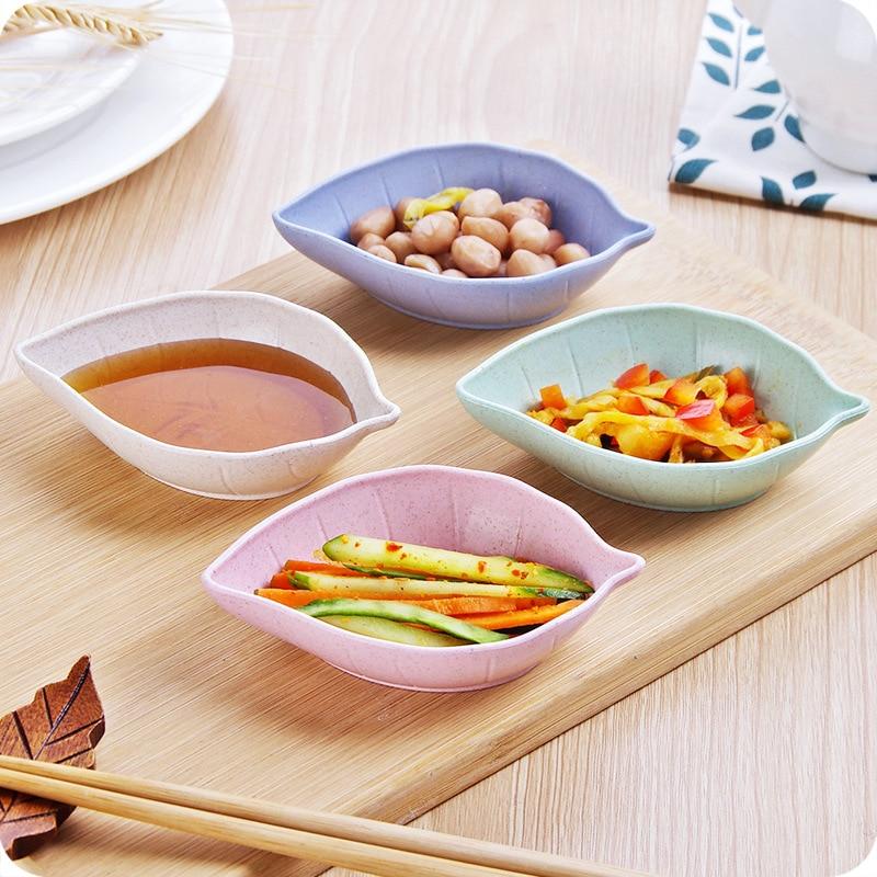 1pcs Hot Sale Soy Sauce Dish Multipurpose Leaf-Shape Small Dish Dessert Appetizer Plates for Vinegar/Salad Soy Sauce/Wasabi