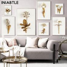 Настенная картина в скандинавском стиле с изображением золотых