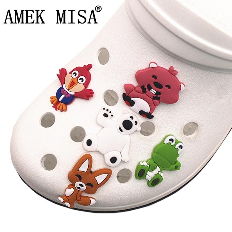 Single Sale 1pcs PVC Shoe Charms Penguin/squirrel/white Bear/bird/fox Shoe Decoration Accessories For Croc Jibz Kids Party X-mas