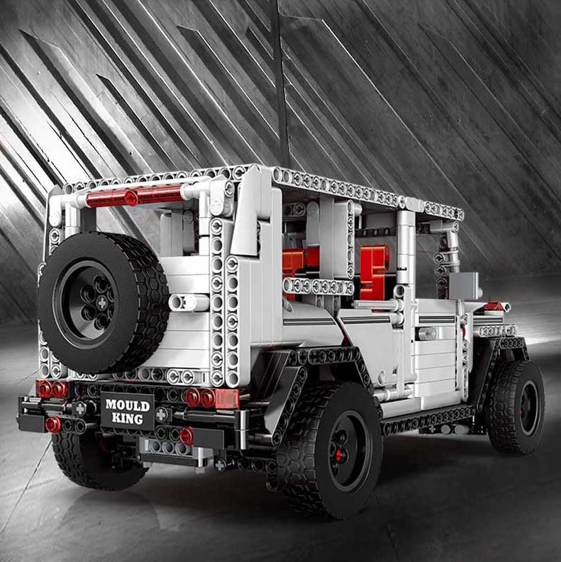 MOULD KING MOC 20100 Compatible 13070 Technic Benz SUV G500 AWD Wagon Offroad Vehicle 2 Building Block 9
