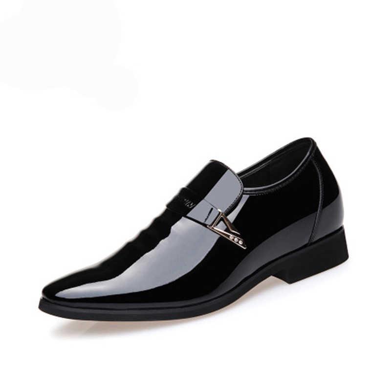 男性ドレスイタリアンレザーの靴ファッションメンズ革モカシングリッターフォーマル男性の靴のための男性