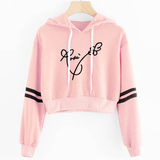 BLACKPINK SIGNATURE CROP TOP HOODIE (25 VARIAN)