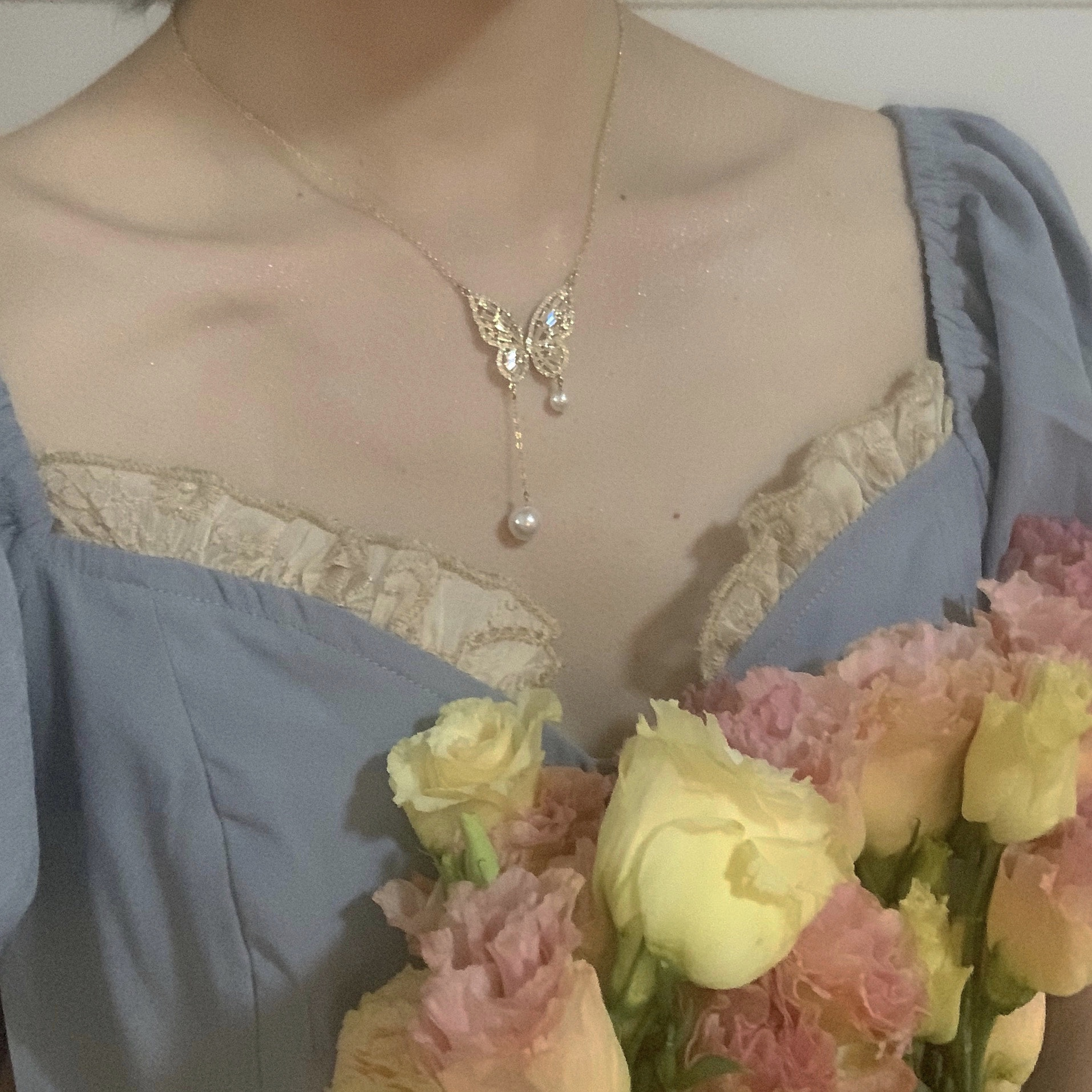 Korea New Fashion Jewelry Exquisite Copper Inlaid Zircon Butterfly Pendant Necklace Elegant Pearl Female Clavicle Necklace