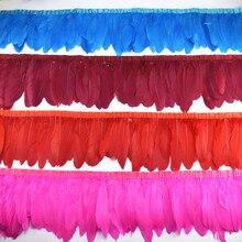 Großhandel 10Meter Goose Feathers Borte Fransen Gänse Feder Band Schwarz Weiß Federn für Handwerk Hochzeit Federn Dekoration