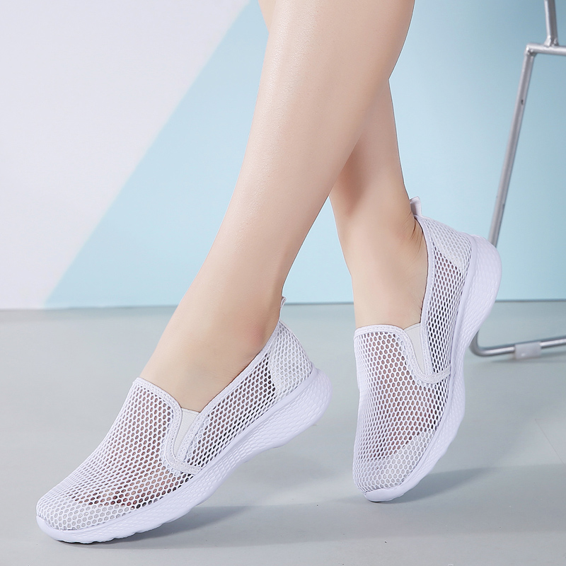 Tenis Feminino 2020 Slip on Gym Shoes Women Tennis Shoes Cheap Female Stability Flexible Ultra-light Sneakers Ladies Trainers