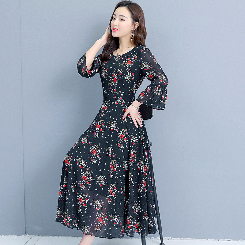 Photo Shoot Korean-style Elegant Floral-Print Chiffon Beach Dress Waist Hugging V-neck Bell Sleeve Long Skirts Dress Women's
