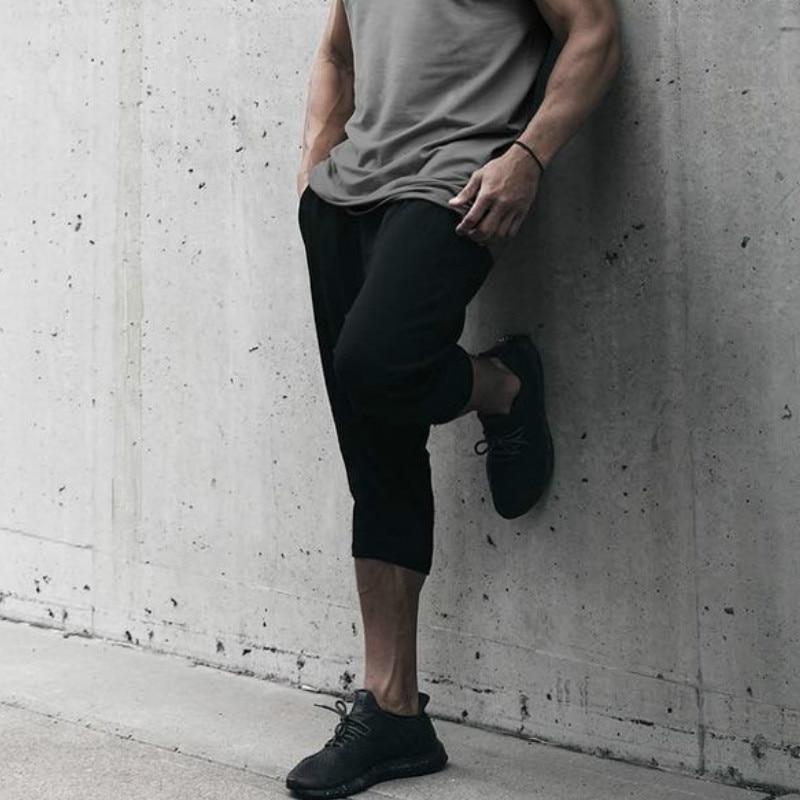 Men's Cotton Casual Shorts 3/4 Jogger Pants Breathable Below Knee Short Pants With Zipper Pockets