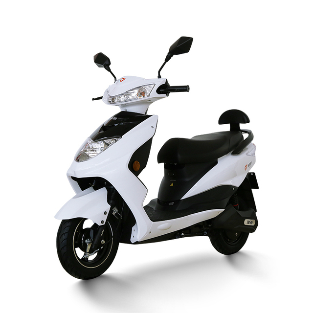 Yadea Adult Electric Motorcycle 60v20a Electric Scooter Electric Bicycle 1